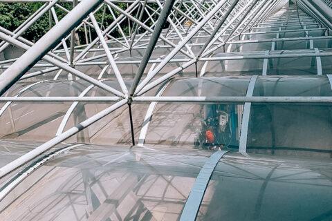 Glas- und Rahmenreinigung